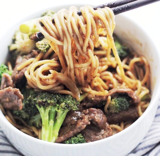 Easy Beef and Broccoli Noodles