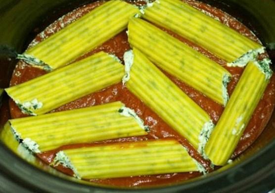 Easy Crock Pot No Cook Manicotti