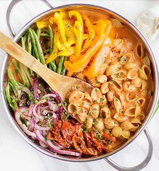 Vegan + Gluten Free Creamy Tomato Pasta