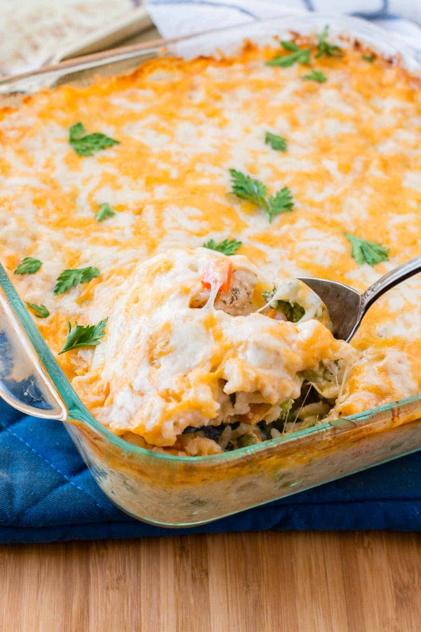 Easy Dinner Ideas  Cheesy Chicken and Rice Casserole Oh Sweet Basil