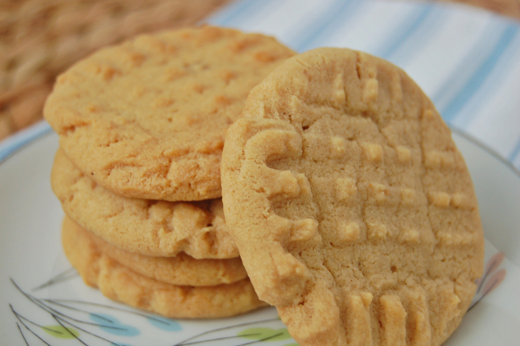 Peanut Butter Cookies  Classic Peanut Butter Cookies – The Apron Archives