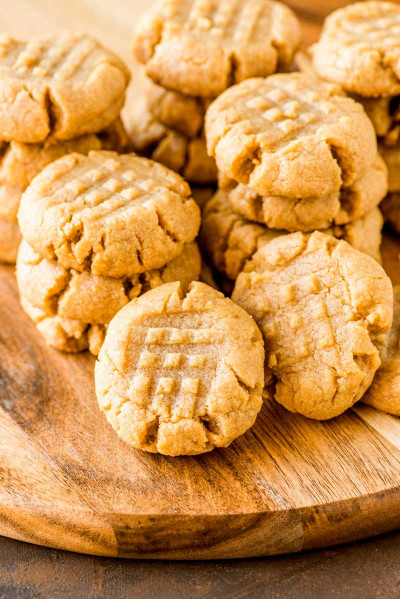 Peanut Butter Cookies  4 Ingre nt Peanut Butter Cookies Homemade Hooplah