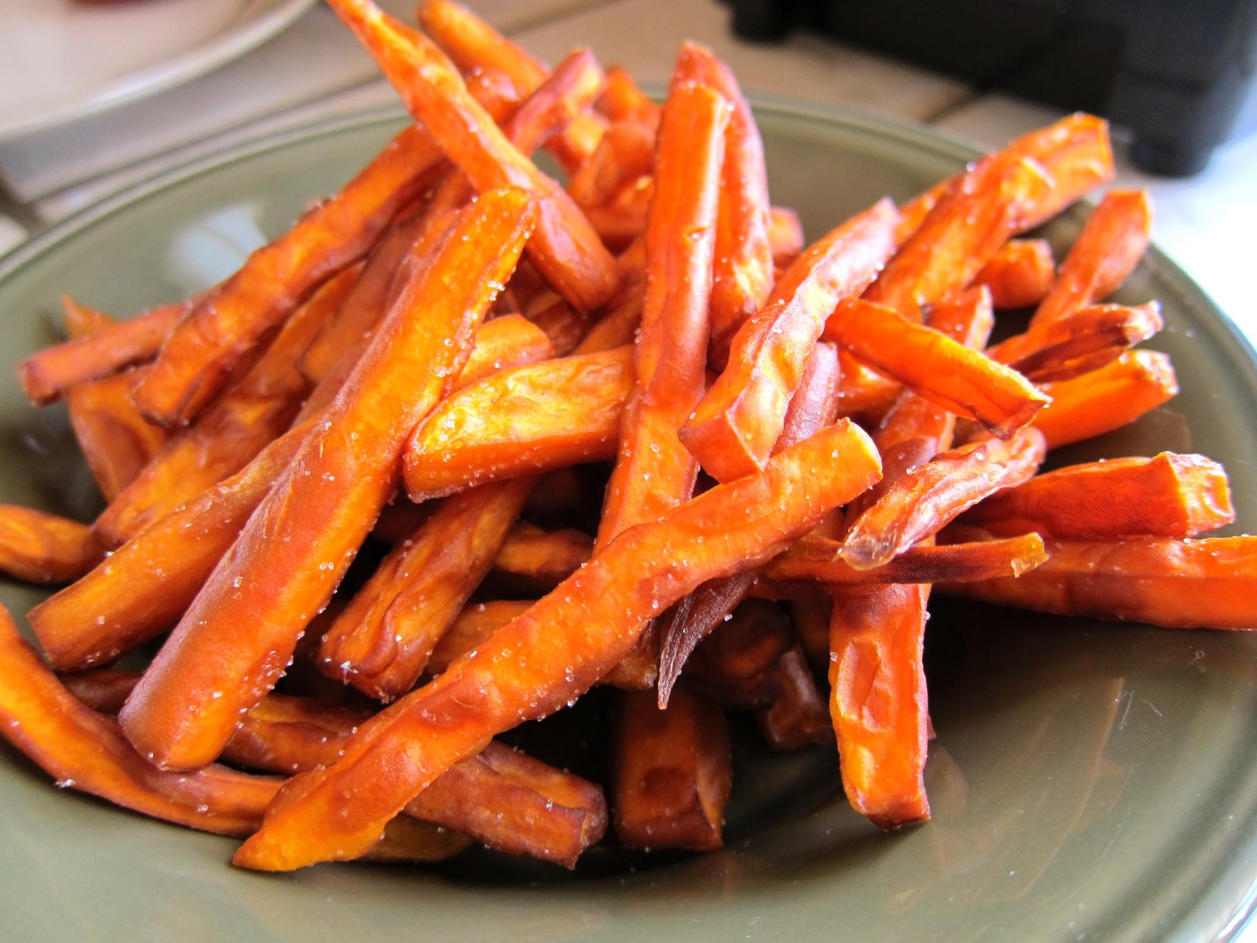 Sweet Potato Fries  Crispy Sweet Potato Fries – Simply Living Healthy