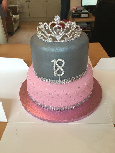 18Th Birthday Cake  Best 25 18th birthday cake ideas on Pinterest