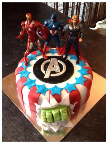 Avengers Birthday Cake  Avengers Cake Kate s Cakes Pinterest