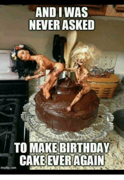 Birthday Cake Meme  And IWAS NEVER ASKED TO MAKE BIRTHDAY CAKE EVER AGAIN