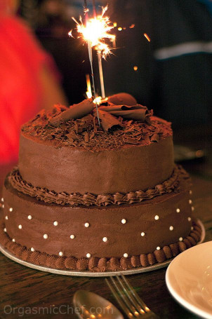 Chocolate Birthday Cake  17 Best ideas about Chocolate Birthday Cakes on Pinterest