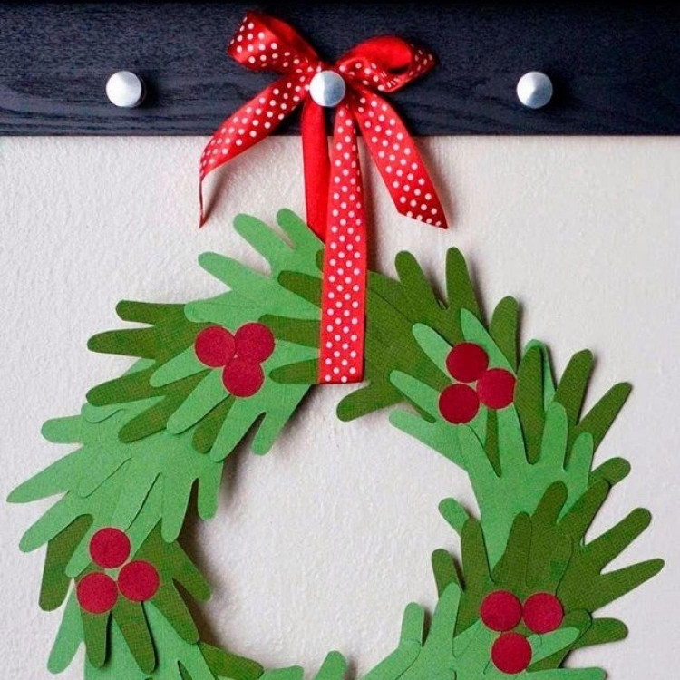 Christmas Craft Ideas For Kids  10 Handprint Christmas Crafts for Kids
