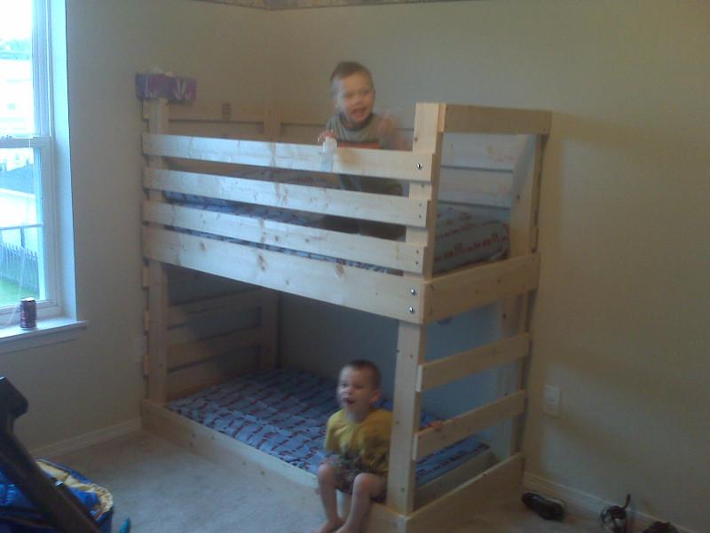 DIY Kids Loft Bed  25 DIY Bunk Beds with Plans