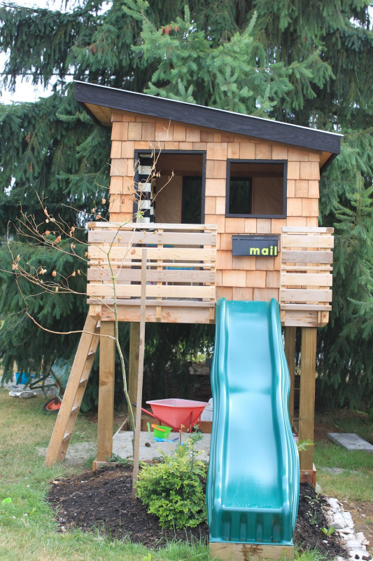 DIY Kids Playhouse  15 Pimped Out Playhouses Your Kids Need In The Backyard