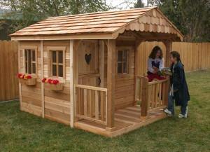 DIY Kids Playhouse  DIY Designs Kids Pallet Playhouse Plans