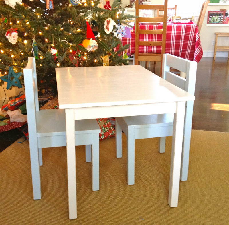 DIY Kids Table  That s My Letter DIY Kids Table with Chairs
