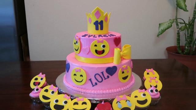 Emoji Birthday Cake  Emoji Faces Cake Emoji s Party Ideas