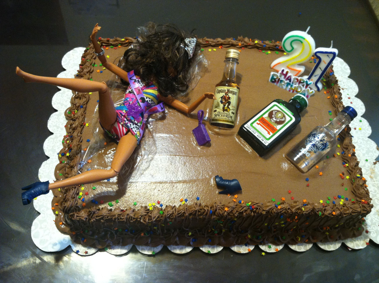 Funny Birthday Cakes  ok this is pretty funny 21st birthday cake