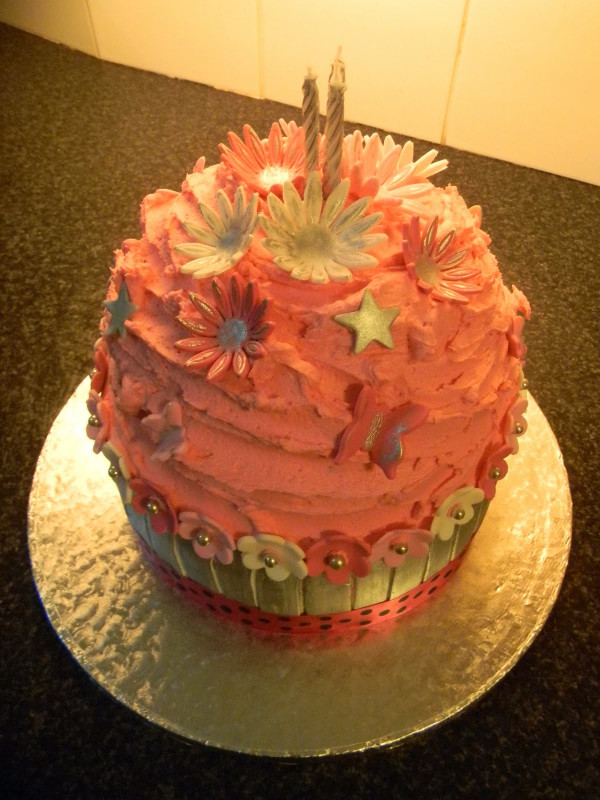 Giant Birthday Cake  Ali s Cakes Giant Cupcake Birthday Cake