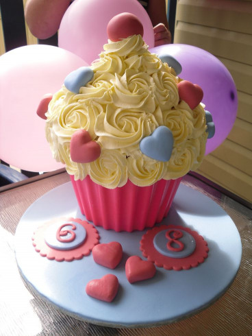 Giant Birthday Cake  1000 images about Giant cupcake ideas on Pinterest