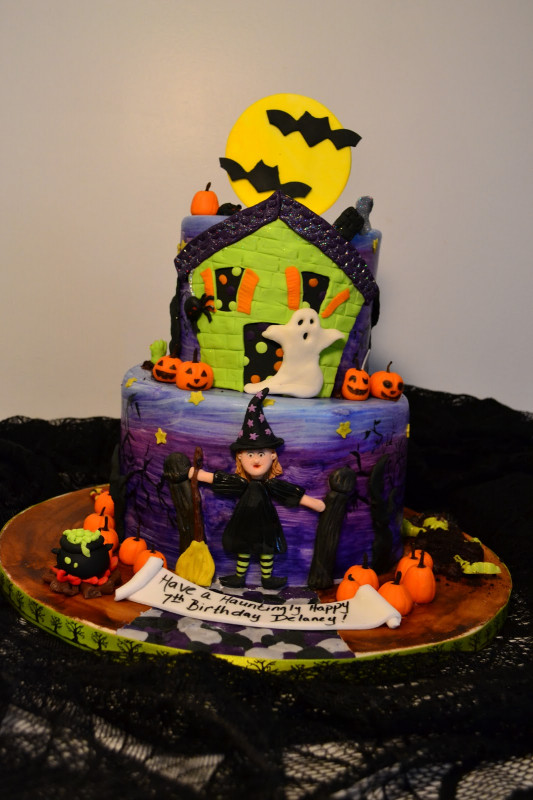 Halloween Birthday Cake  Oh just put a cupcake in it Halloween birthday cake