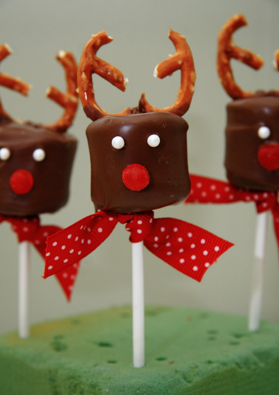 Ideas For Kids  21 Amazing Christmas Party Ideas for Kids