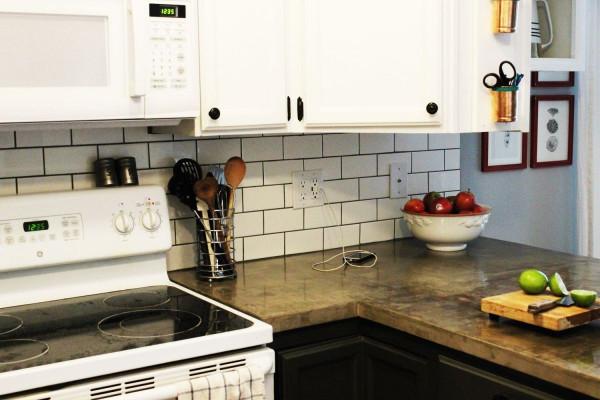 Kitchen Backsplash Subway Tile  75 Kitchen Backsplash Ideas for 2019 Tile Glass Metal etc