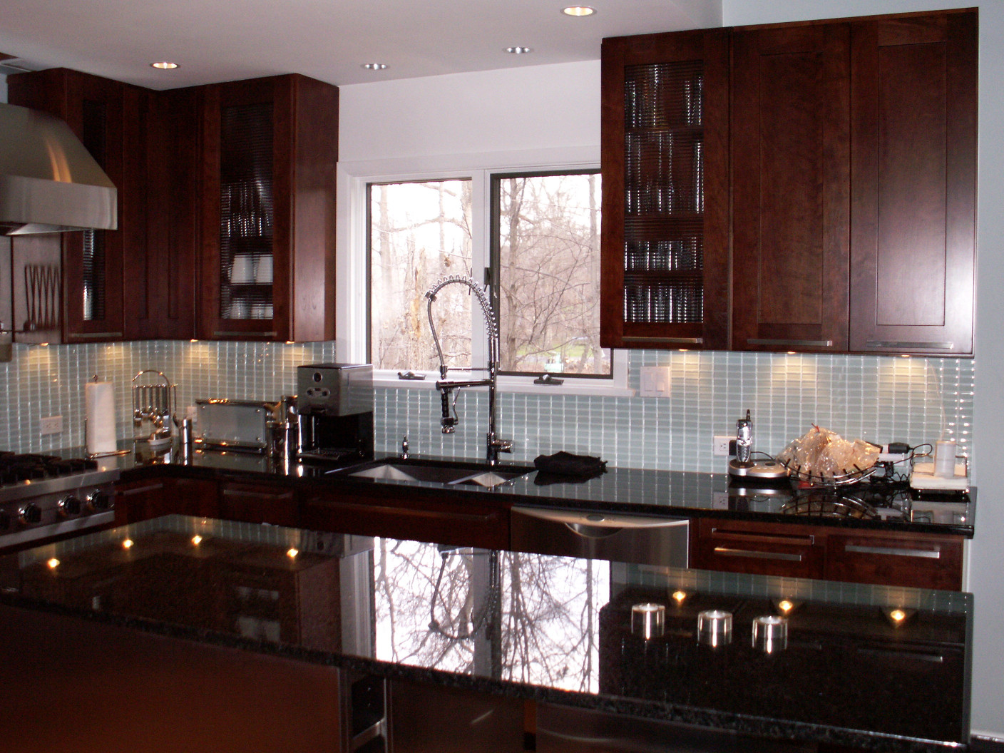 Kitchen Design Center  Modern Kitchen in Roaton CT