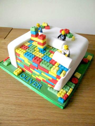 Lego Birthday Cake  10 Lego birthday cakes that will blow your mind
