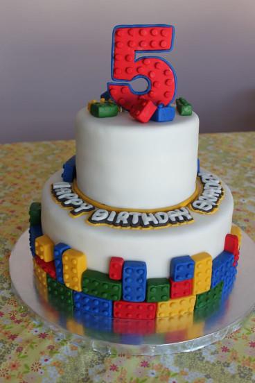 Lego Birthday Cake  25 best ideas about Lego cake on Pinterest