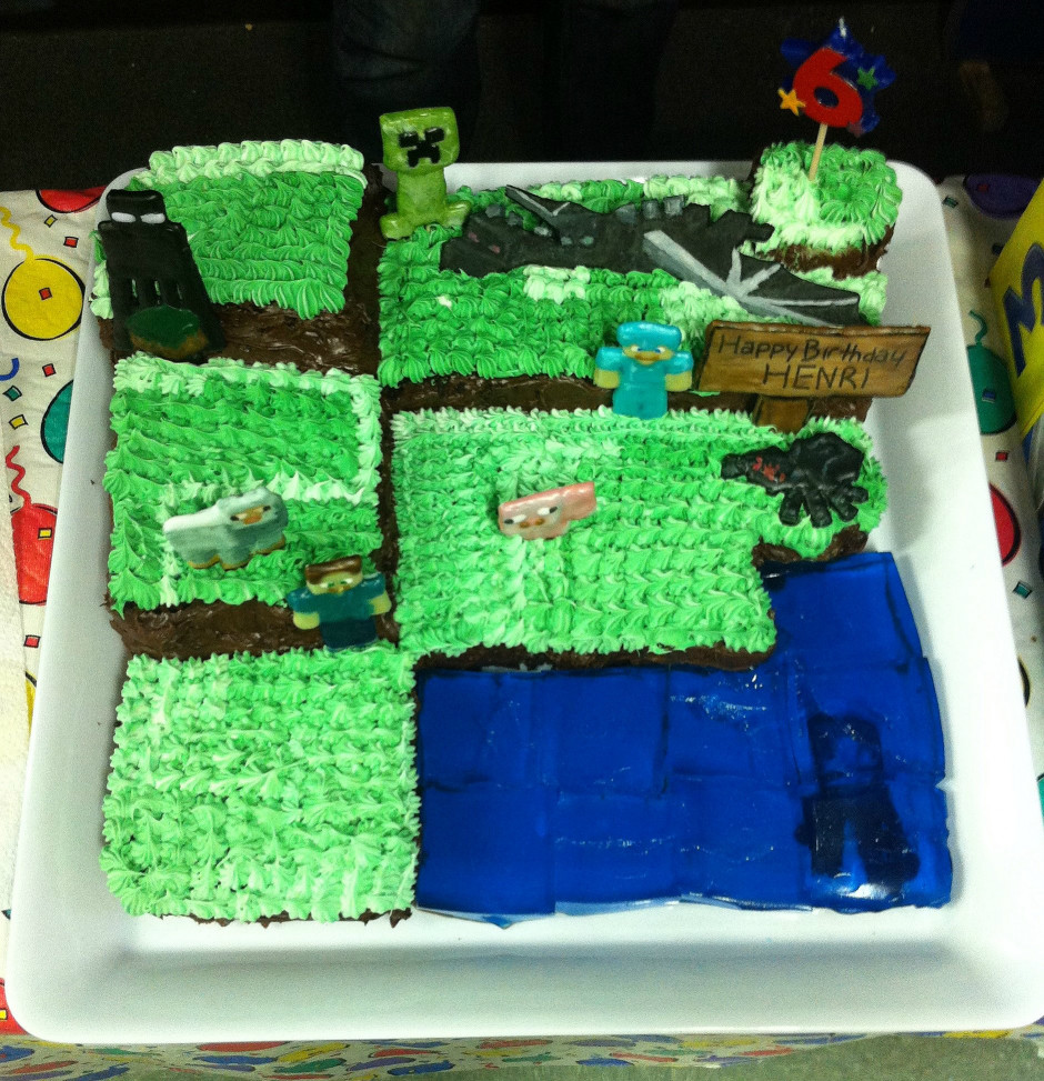 Minecraft Birthday Cake  How to Make a Minecraft Cake