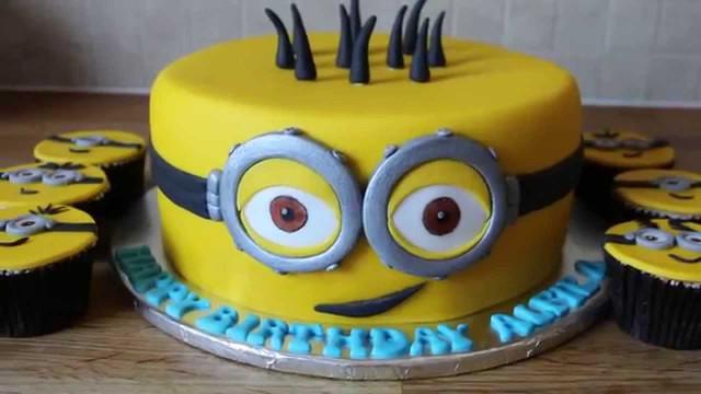 Minion Birthday Cake  minion birthday cake