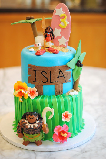 Moana Birthday Cake  Kara s Party Ideas Moana Hawaiian Luau Birthday Party