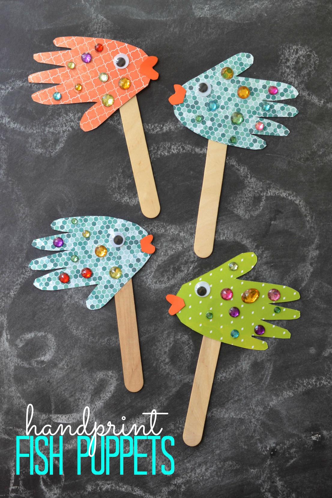 Paper Craft Ideas For Kids Under 5  Easy Kids Craft Handprint Fish Puppets