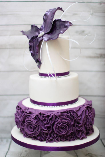 Purple Birthday Cake  Best 25 Purple birthday cakes ideas on Pinterest