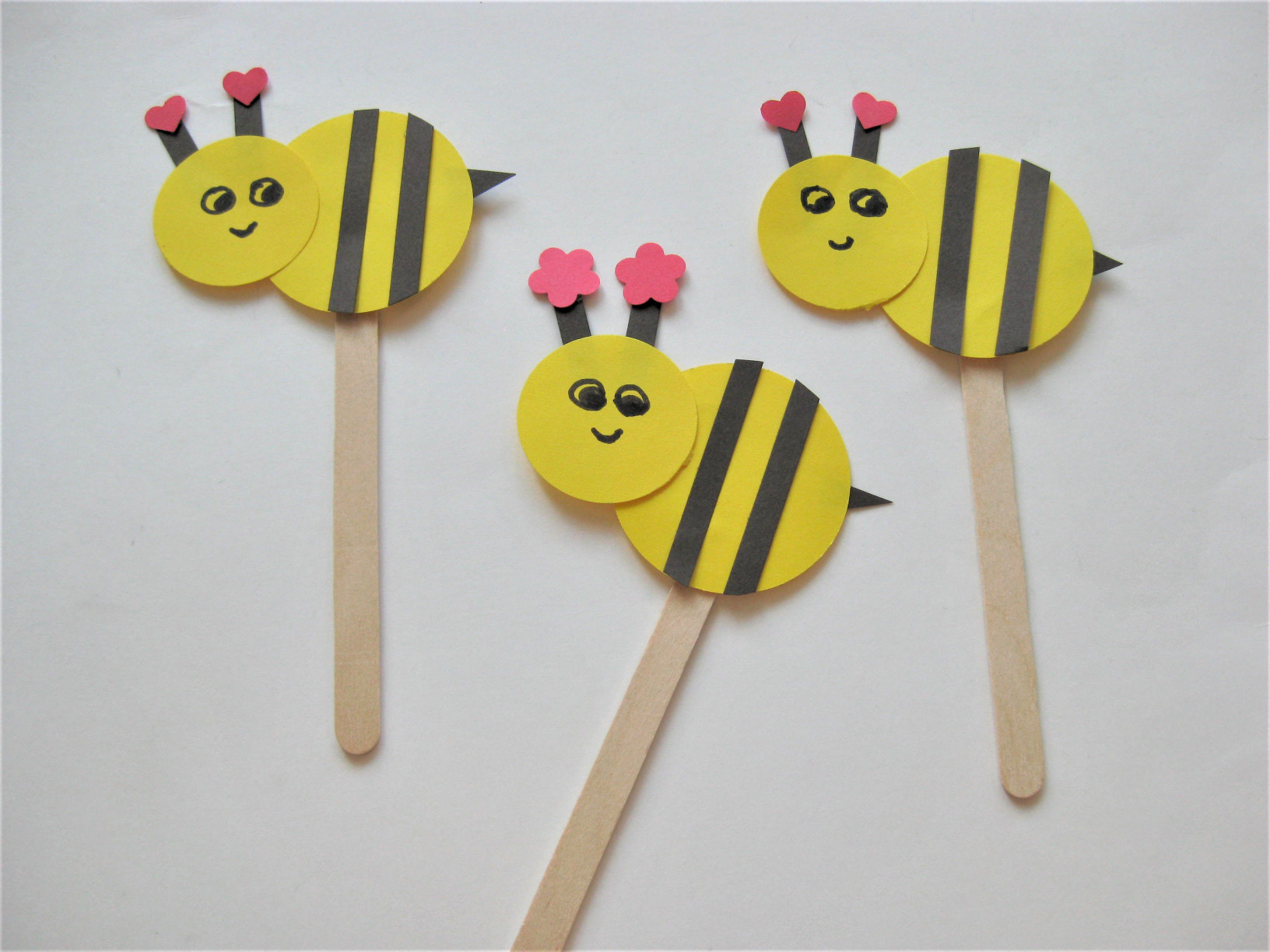 Simple Crafts For Kids  Bee Craft for Kids