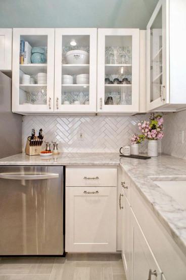 Small Kitchen Cabinets  Best 25 Small kitchen designs ideas on Pinterest