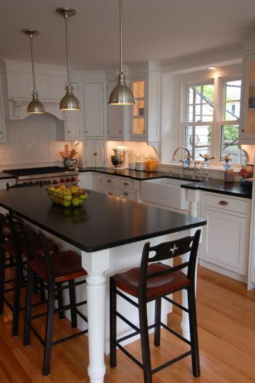 Small Kitchen Island  Best 25 Small kitchen islands ideas on Pinterest