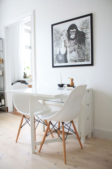 Small Kitchen Table  25 best ideas about Small Kitchen Tables on Pinterest