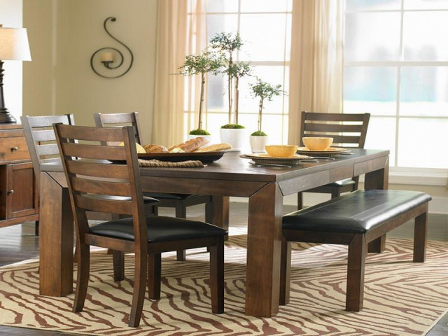 Small Kitchen Tables With Bench  Centerpieces for round dining room tables small apartment
