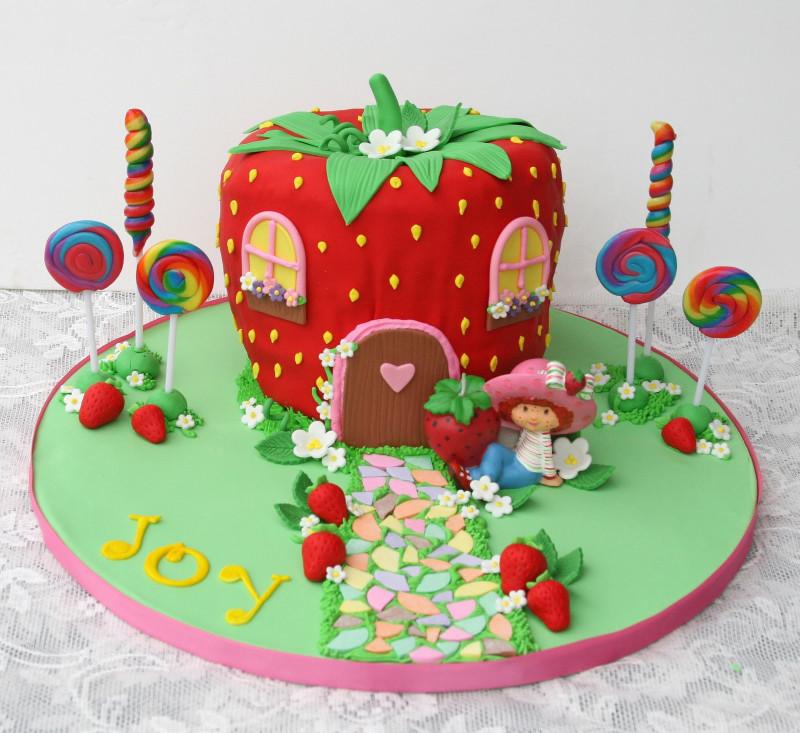 Strawberry Birthday Cake  How to Throw a Strawberry Shortcake Party