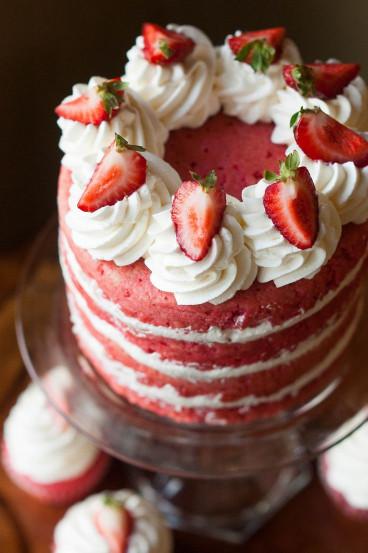Strawberry Birthday Cake  Best 25 Strawberry birthday cake ideas on Pinterest