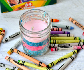 Things To Make With Kids  14 Things to Make with Crayons Moms and Crafters