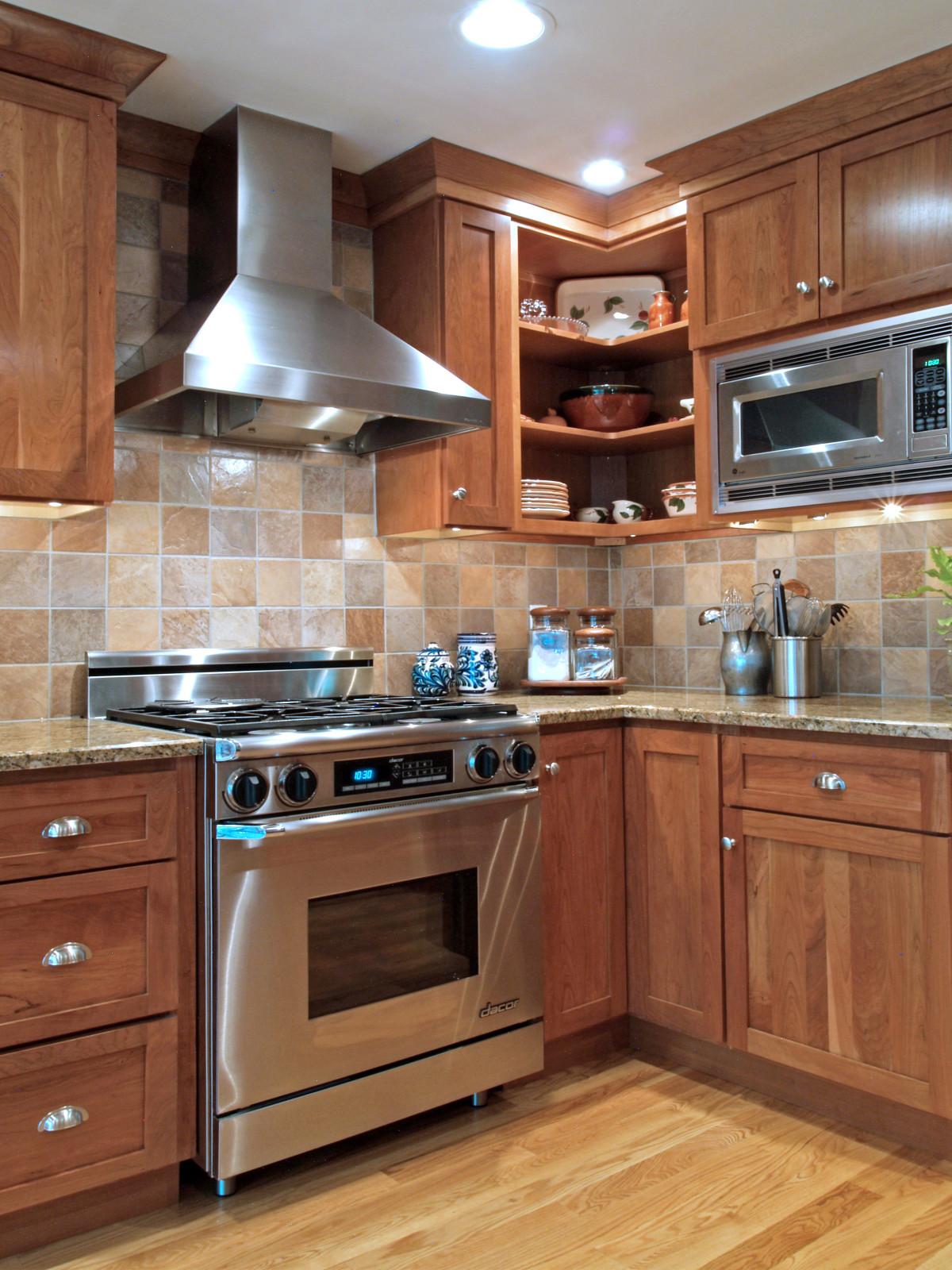 Tile Kitchen Backsplash  Spice Up Your Kitchen Tile Backsplash Ideas