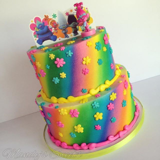 Troll Birthday Cake  25 best ideas about Trolls Cakes on Pinterest