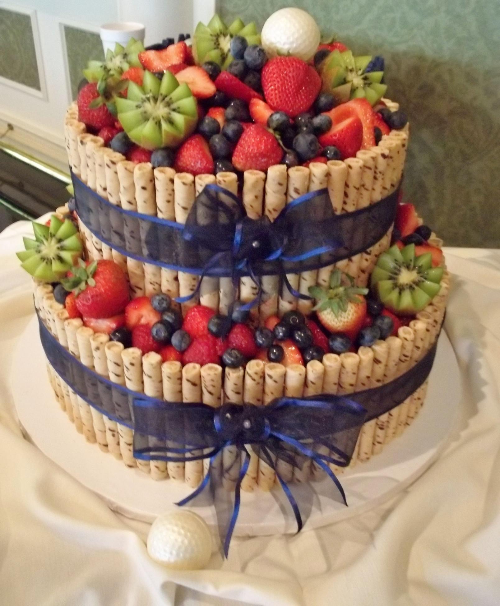 Vegan Birthday Cake  Vegan cake with fresh fruit but that just looks amazing